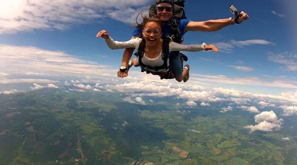 Tandem Skydiving 14,000ft